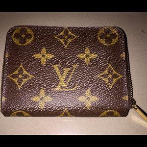Handbags - LOUIS VUITTON - ZIPPY WALLET